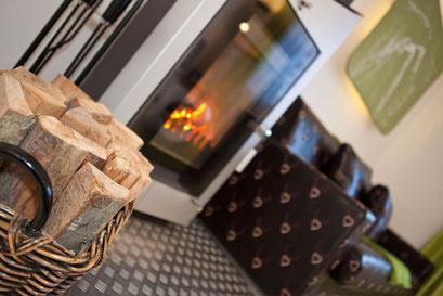 Offener Kamin in Ihrem Appartement - Outdoorlodge Nauders