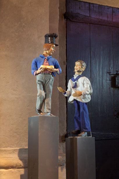 Der Ringroller (Hafentagelöhner) und der Matrose auch auf 'einsamen' Posten (Foto: Anna C. Wagner – Milieukrippe Lyskirchen)