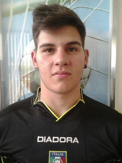 Alessio Valenti - Vita
