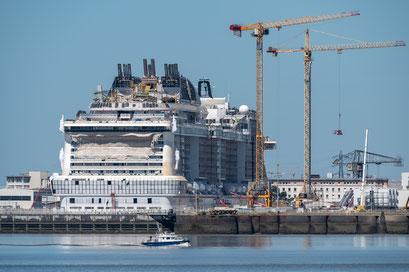Saint-Nazaire 42 - Construction d'un paquebot