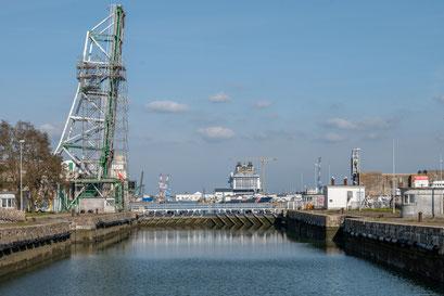 Saint-Nazaire 64 - Port