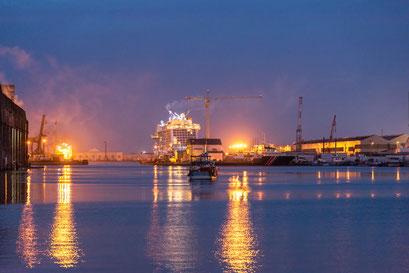 Saint-Nazaire 13 - Vue du port la nuit