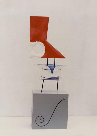 MOZART. 1988. 183 x 61 x 47 cm. Dm y hierro