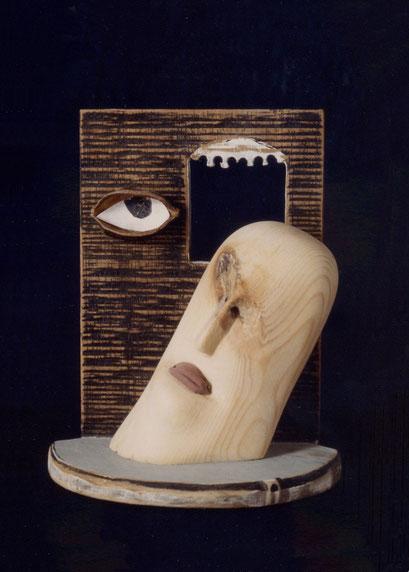 CARA Y ANTECARA. 1992. 19 x 17 x 10cm. Wood