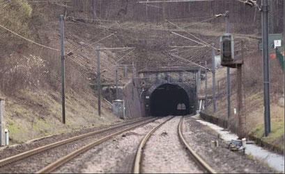 Makak. Tunnel de Ndjock