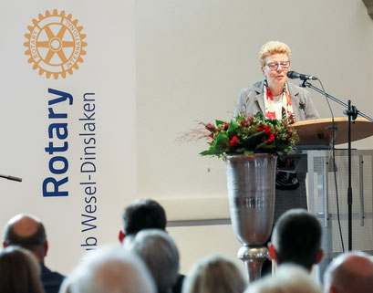 Laudatorin Dorothee Brauner, Schulleiterin Andreas-Vesalius-Gymnasium, Wesel
