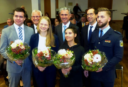 Preisträger und Vorstand der Rotarystiftung: Tilo Friedrich, Helmut Böing, Jule Hölscher, Dr. Hans Luboldt, Yaren Kuplay, Max Trapp,Michél Pascal Hess