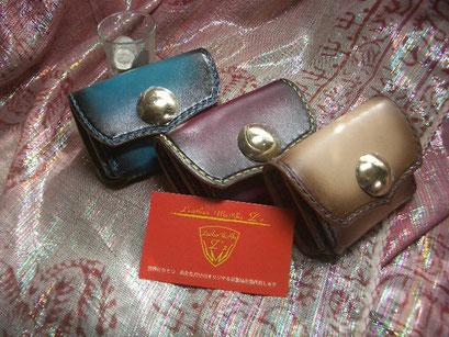 ミニ財布 マチ付き2室 カード1室 大きく開くので使いやすいです