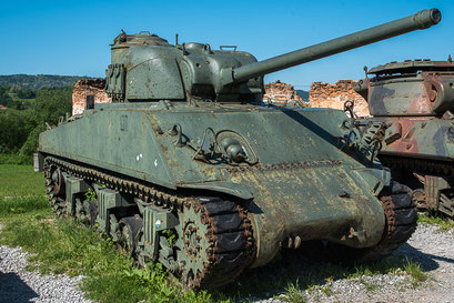 Tank M4A3 Sherman, Kanone 76mm  33t USA. Produktion SAD (USA)