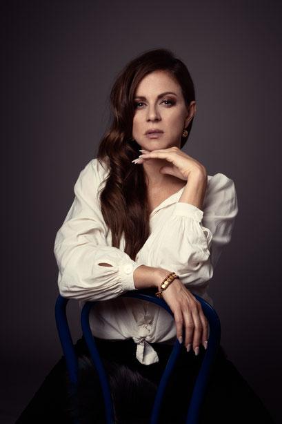 model | raphaela