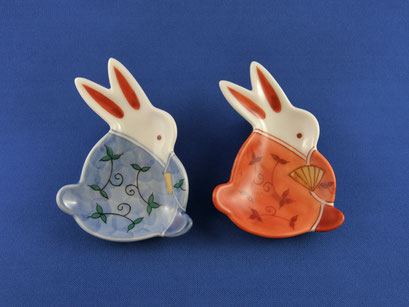 *Rabbit in Kimono with Arabesque pattern (red & blue)