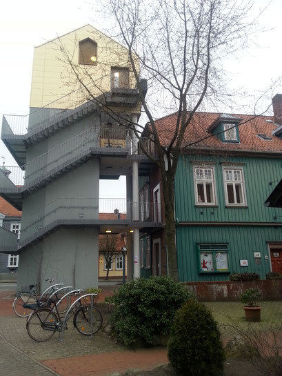 Lesenachmittag Spielmuseum soltau mit Antje Hansen und Vampir Valentin