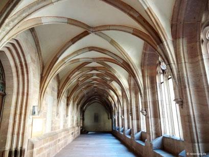 Gotischer Kreuzgang des ehem. Augustinerchorherrenstifts