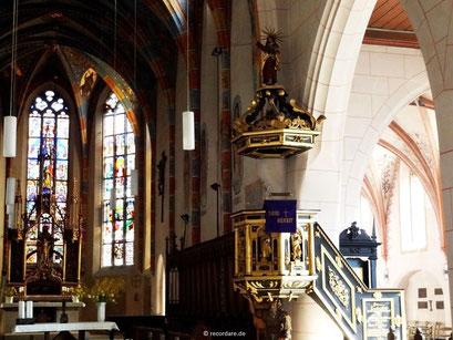 Goldene Kanzel von 1626 - Mose trägt die Kanzel auf seinen Schultern