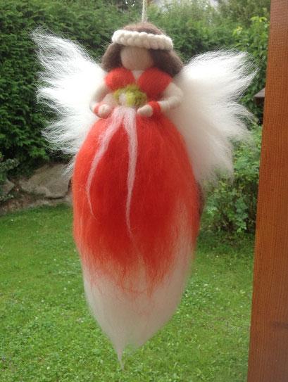 Elfenkönigin 100 % Schafwolle, handgefertigt