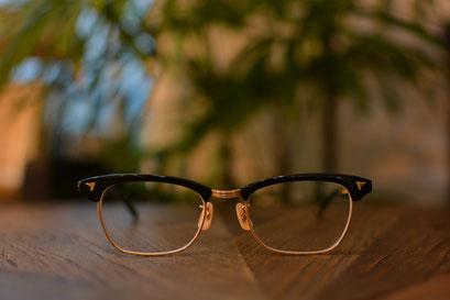 フレーム:BJ CLASSIC COLLECTION S-801  税抜32,000円 レンズ:HOYA 1.60薄型非球面レンズ 税抜8,000円 仕上がり価格 税抜40,000円
