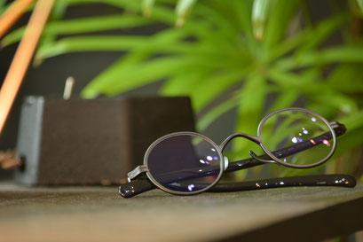 フレーム:KameMannen KMN-33 税抜37,000円 レンズ:Ito Lens 1.60内面非球面レンズ 税抜18,000円 仕上がり価格 税抜55,000円