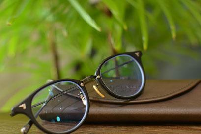 フレーム:BJ CLASSIC COLLECTION COM-510N NT  税抜32,000円 レンズ:Ito Lens 1.67薄型内面非球面ネオコントラストネッツペック 税抜39,000円 仕上がり価格 税抜71,000円