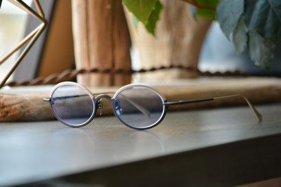 フレーム:AKITTO sok C-DG  税抜42,000円  レンズ:Ito Lens アクロライトネッツペックコート1.60薄型オーダーメイド内面非球面レンズ(ネオコントラスト) 税抜34,000円  仕上り価格 税抜76,000円