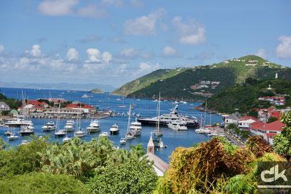 Blick auf den Hafen von Gustavia, St. Barth