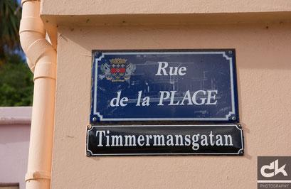 Die Strassen sind französisch und schwedisch angeschrieben