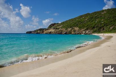 """Am Strand """"Gouverneur"""" - nach einer stündigen intensiven Wanderung"""