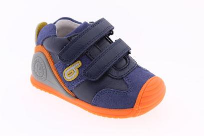 Calzado zapato tenis colegiales Biomecanic niño niña en Baybú Tenerife