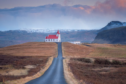 Church Snaefellsnes - Iceland © Jurjen Veerman
