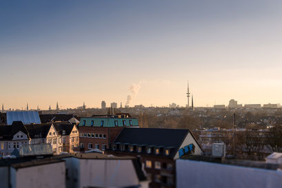 Sprechzimmer Ausblick über Hamburgs Dächer
