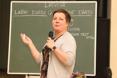Maija Berga, Latviešu biedrība Hamburgā