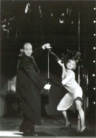 Sally Bowles, Cabaret
