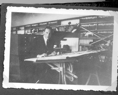 Henk Meyn, de technisch tekenaar bij Bruynzeel.