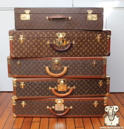 Sell vintage Louis Vuitton suitcases the lot bought at the best price