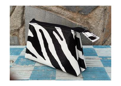 Monedero triple Zebra