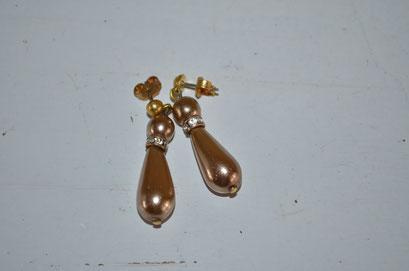 Ohrringe in beige, Modeschmuck mit Kunstperlen und Strass Steinen. 3,00 €