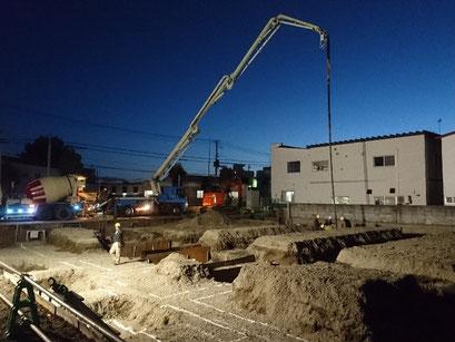 H30.10.18 均しコンクリートの打設が行われました。