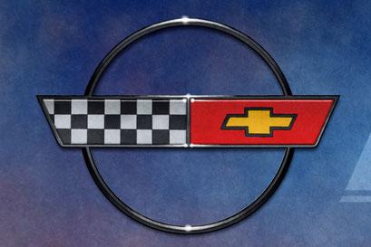 Le logo de la Corvette C4 de l'année 1990 est reproduit dans tous ses détails