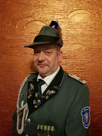Fahnenoffizier Tom Korf