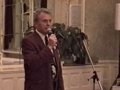 Galadinner im Kurhaus Bad Nauheim mit Ehrengast Scotty Moore - Screenshot Elvis-Festival 2000, Elvis-Archiv Bad Nauheim