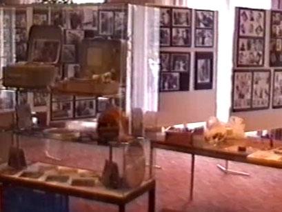 Elvis Ausstellung im Kurhaus - Screenshot Elvis-Festival 2000, Elvis-Archiv Bad Nauheim