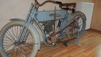 Sehr alte Harley-Davidson