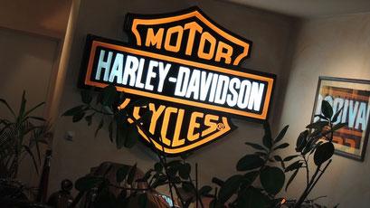 Harley-Davidson Logo leuchtend