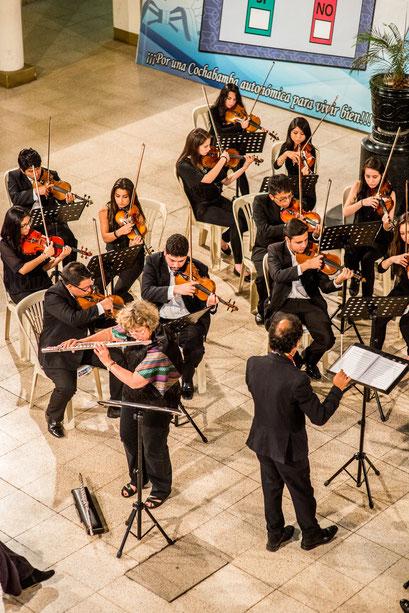 Concerto Aurore avec l'orchestre symphonique de Cochabamba (Bolivie)/With Cochabamba Symphonic Orchestra (2015)