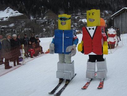 Nadine und Selina Lötscher-Lego Mändli