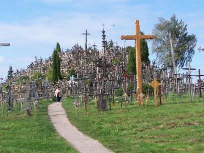 Le site impressionnant de la Colline aux Croix, Lituanie