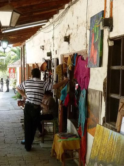 Los Dominicos - Handwerkermarkt