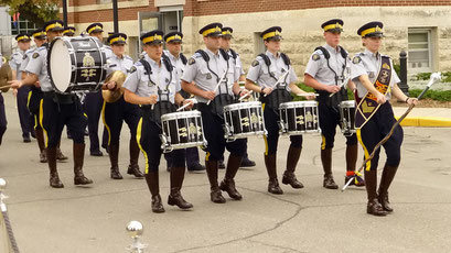 Und hier sind sie.... die Kadetten der Royal Canadian Mounted Police (RCMP), Regina
