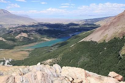Blick auf El Chalten vom Lago de los tres