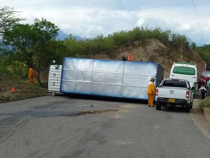 ... und wenn's zu schnell geht, macht der Lastwagen plumps...