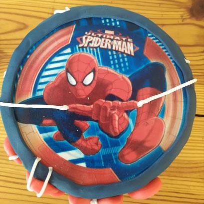 gateau-super-heros-spiderman-Tonka-croix-rousse